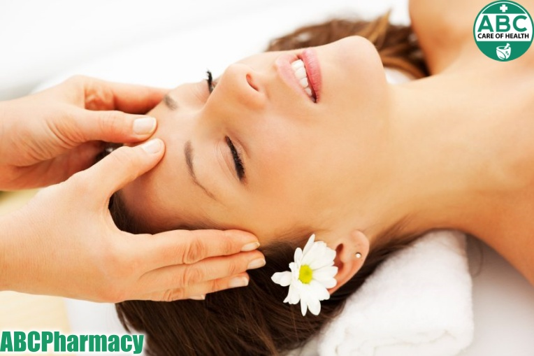Massage da đầu để tăng tuần hoàn máu lên não nuôi dưỡng tóc